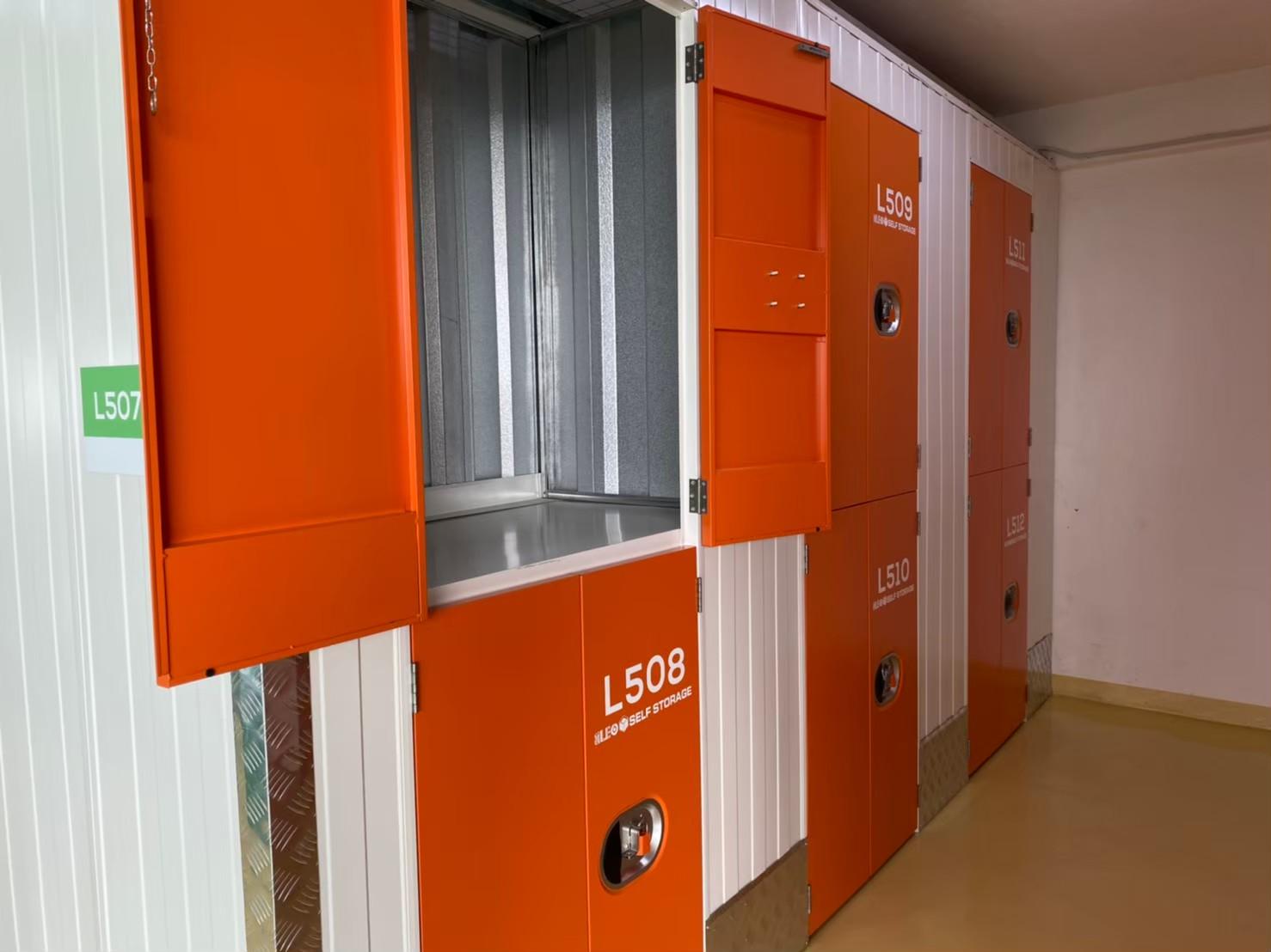Locker 5 floor_201205_9